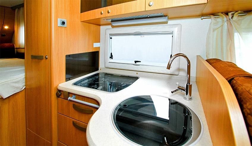 Mit dem Backofen auf Reisen - ist backen im Wohnmobil überflüssig oder sinnvoll