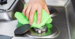 Den Herd mit Hausmitteln richtig reinigen